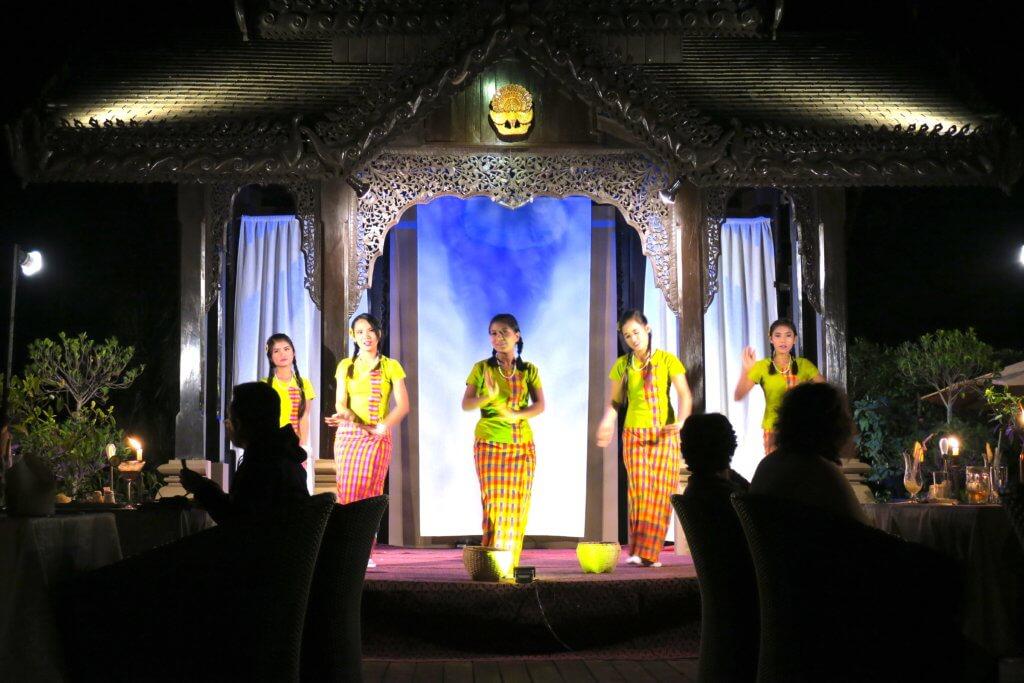 Umbra Hotel a Bagan- serata